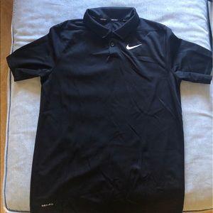 Nike boys black gold shirt